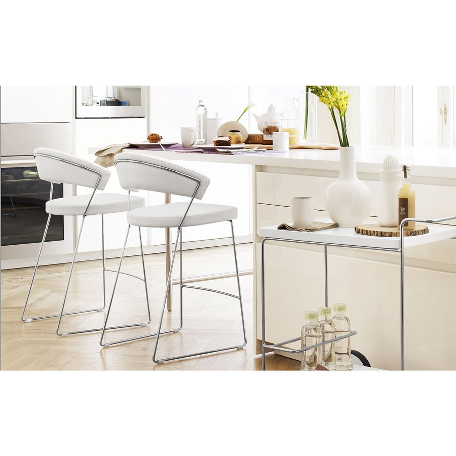 Tabouret de bar new york meubles et atmosph re - Bar moderne a new york avec design en forme de bulle ...