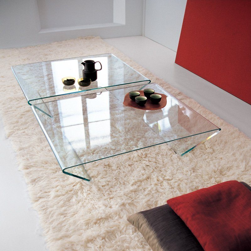 Table basse rubis meubles et atmosph re for Atmosphere meuble