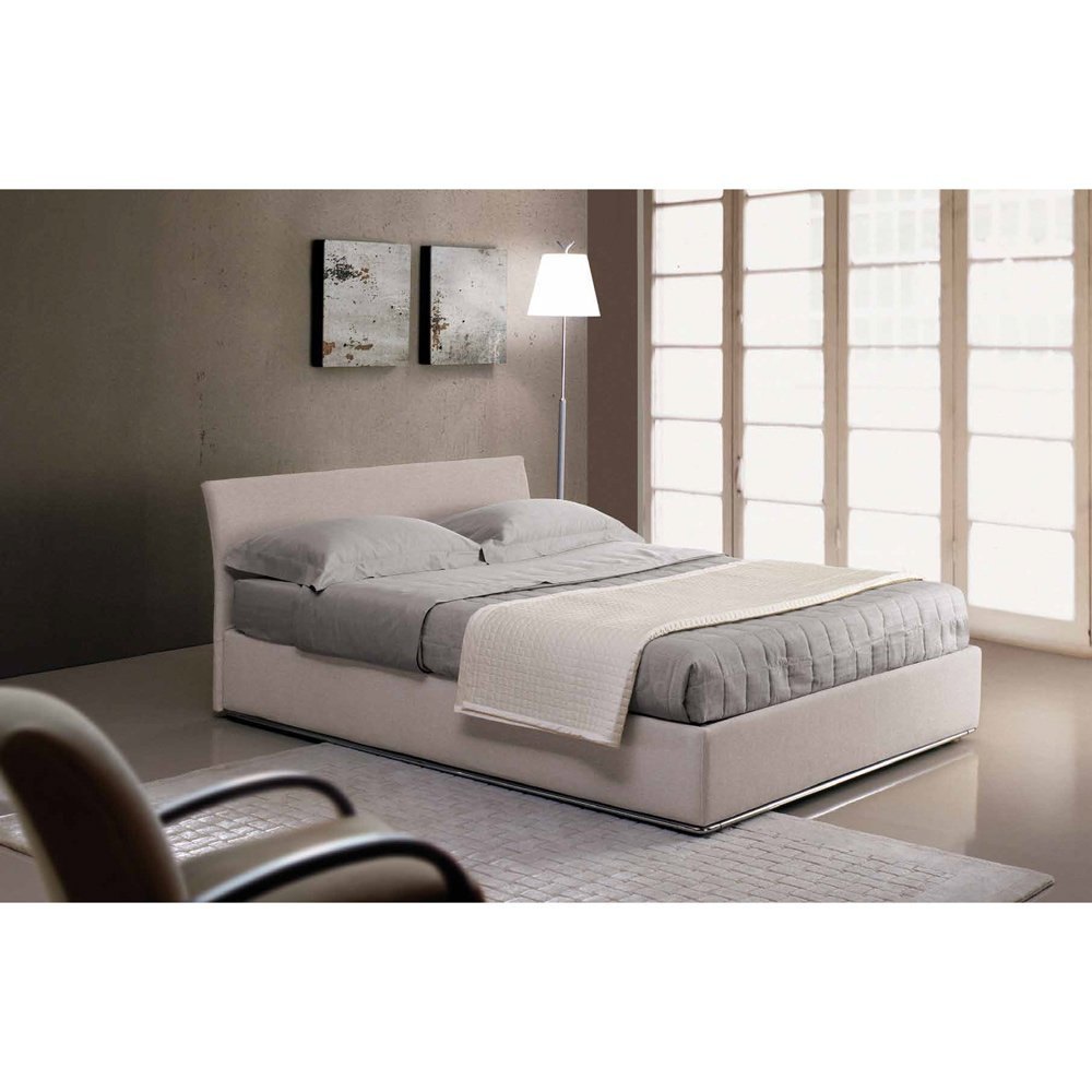 lit a coffre elegant lit coffre relevable blanc carla x. Black Bedroom Furniture Sets. Home Design Ideas